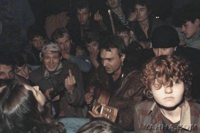 19-21 августа 1991 - Кинчев, Чумычкин и Канов на площади у Белого дома