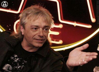 24 мая 2008 - Константин Кинчев в прямом эфире программы «ZВЕЗДО4АТ» на телеканале «A-ONE».